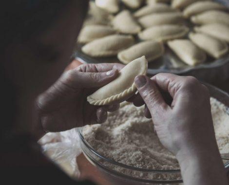 הכנת מאפים עבודת יד